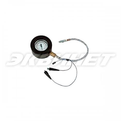 Манометр для проверки давления в системе смазки